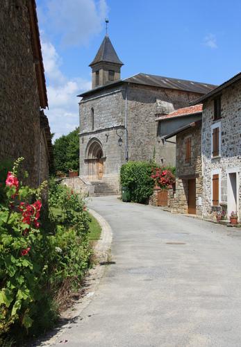 Photo du Monument Historique Eglise Saint-Laurent situé à Saint-Laurent-les-Eglises