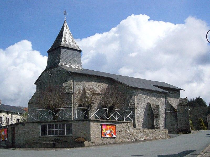 Photo du Monument Historique Eglise de Saint-Pierre-la-Montagne situé à Saint-Léger-la-Montagne