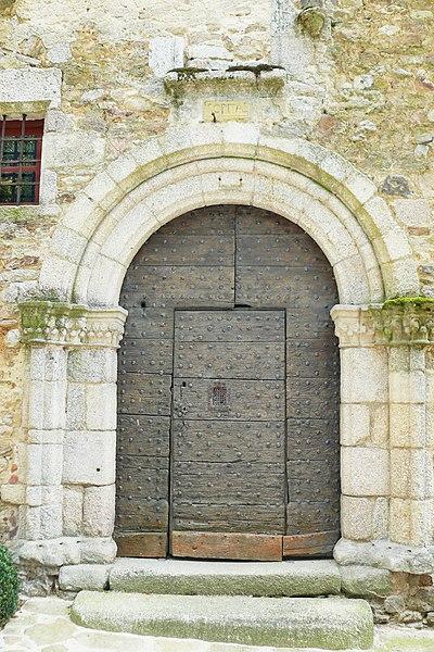 Photo du Monument Historique Ancien hôpital situé à Saint-Léonard-de-Noblat