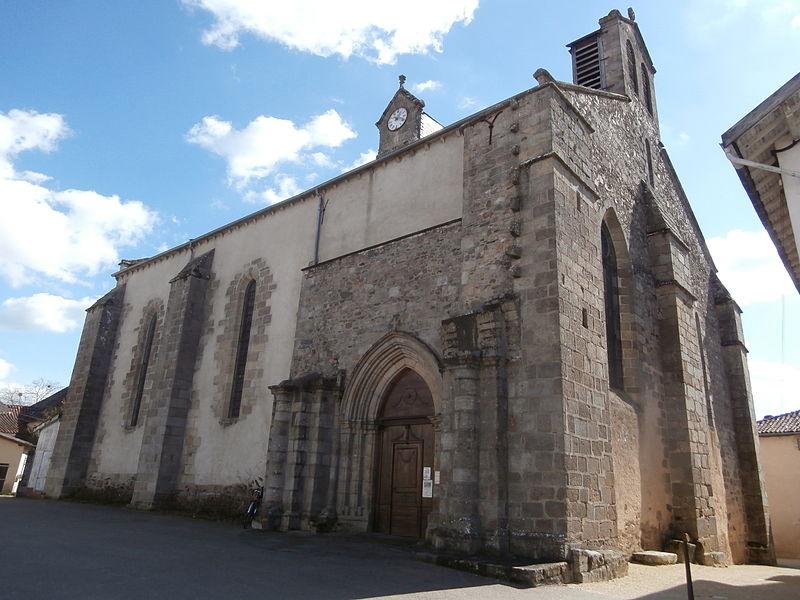 Photo du Monument Historique Eglise Saint-Victurnien situé à Saint-Victurnien