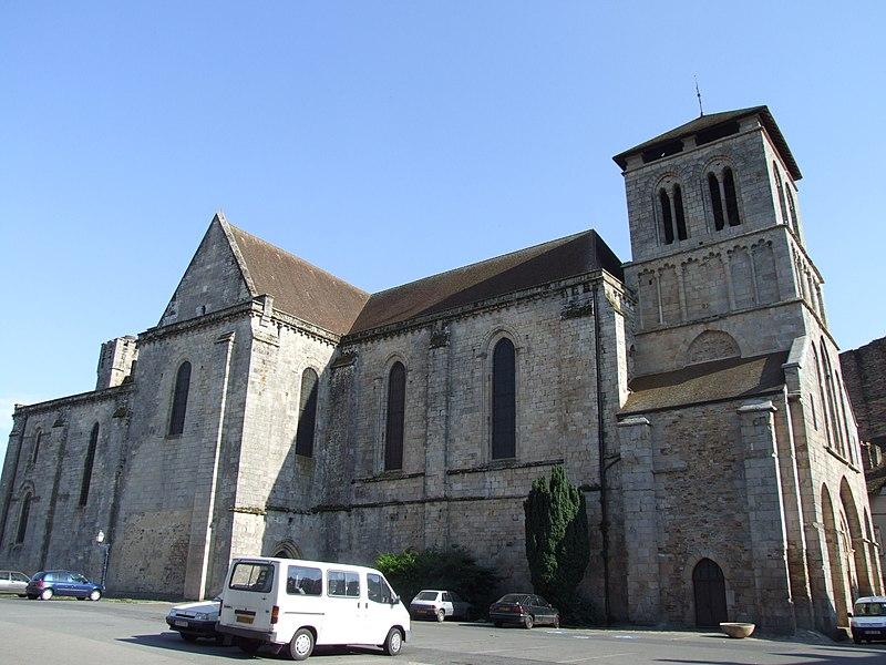 Photo du Monument Historique Eglise Saint-Yrieix situé à Saint-Yrieix-la-Perche