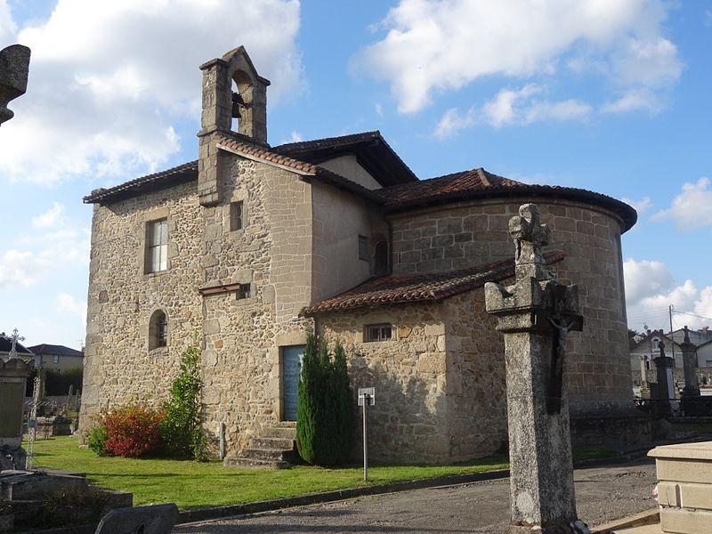 Photo du Monument Historique Chapelle Sainte-Madeleine du cimetière, dite aussi chapelle du Civoire et chapelle Saint-Guignefort situé à Saint-Junien