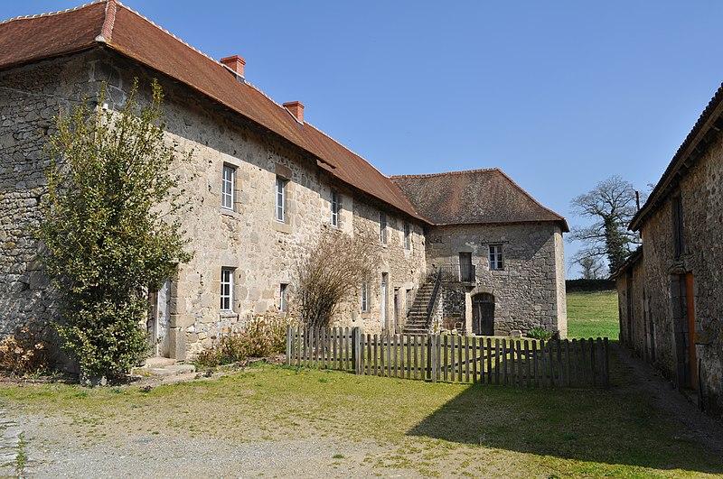 Photo du Monument Historique Celle grandmontaine des Bronzeaux situé à Saint-Léger-Magnazeix