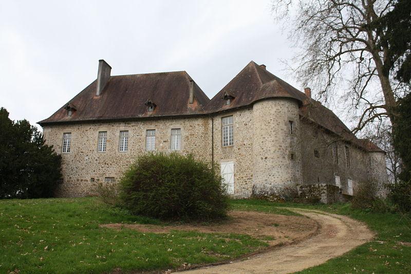 Photo du Monument Historique Château de Saint-Auvent situé à Saint-Auvent
