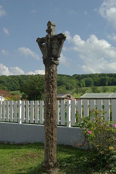 Photo du Monument Historique Croix situé à Belmont-sur-Vair
