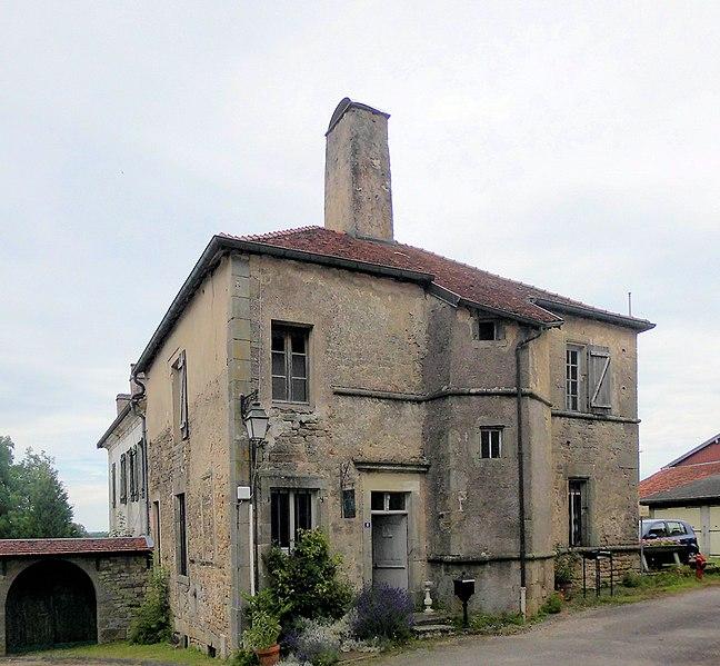 Photo du Monument Historique Immeuble situé à Châtillon-sur-Saône