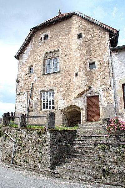 Photo du Monument Historique Immeuble dit ancien hôpital situé à Châtillon-sur-Saône