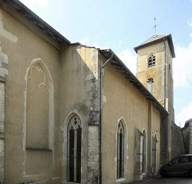 Photo du Monument Historique Eglise situé à Removille