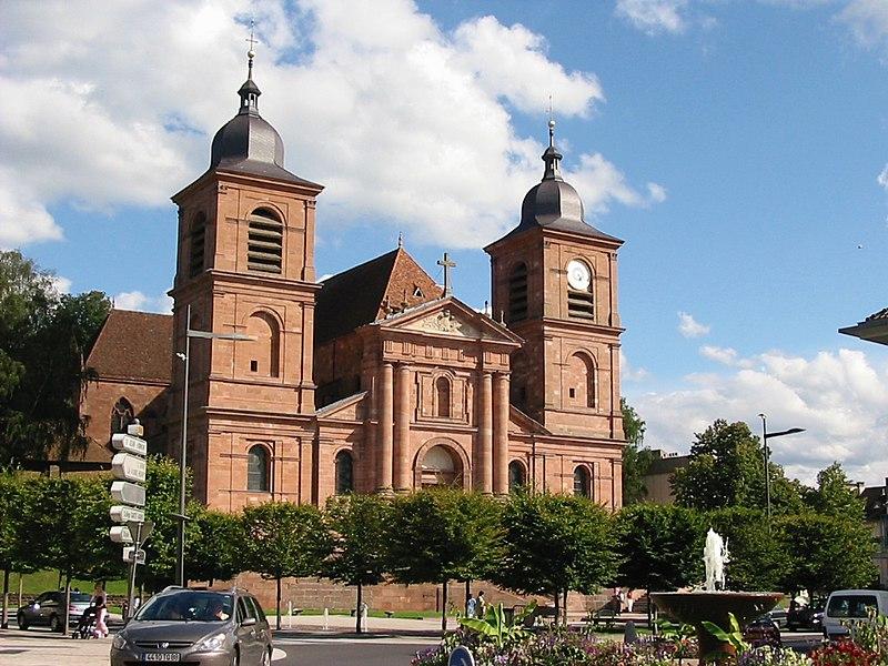 Photo du Monument Historique Cathédrale et cloître situé à Saint-Dié