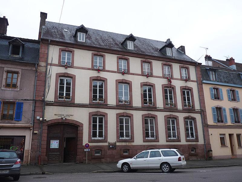 Photo du Monument Historique Hôtel de Montfort  , puis du Prince Charles situé à Senones