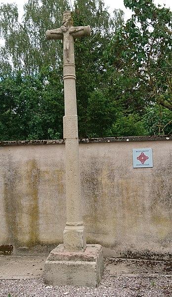 Photo du Monument Historique Croix situé à Vroville
