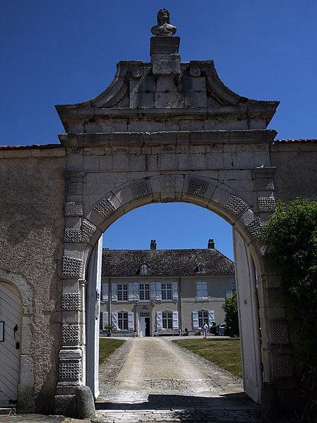Photo du Monument Historique Château situé à Autigny-la-Tour