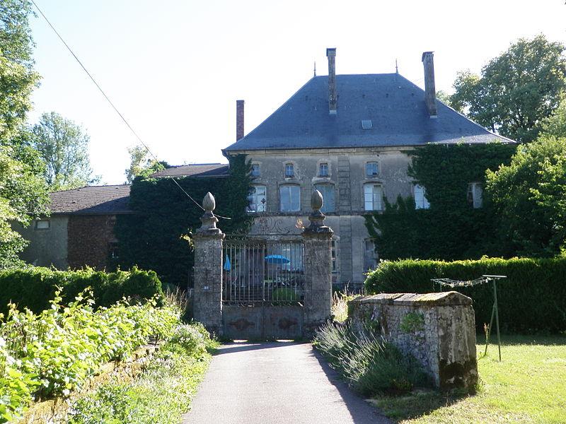 Photo du Monument Historique Château situé à Valfroicourt