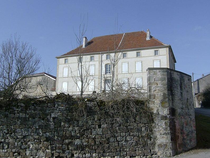 Photo du Monument Historique Domaine de l'ancienne maison seigneuriale du Houx situé à Parey-sous-Montfort