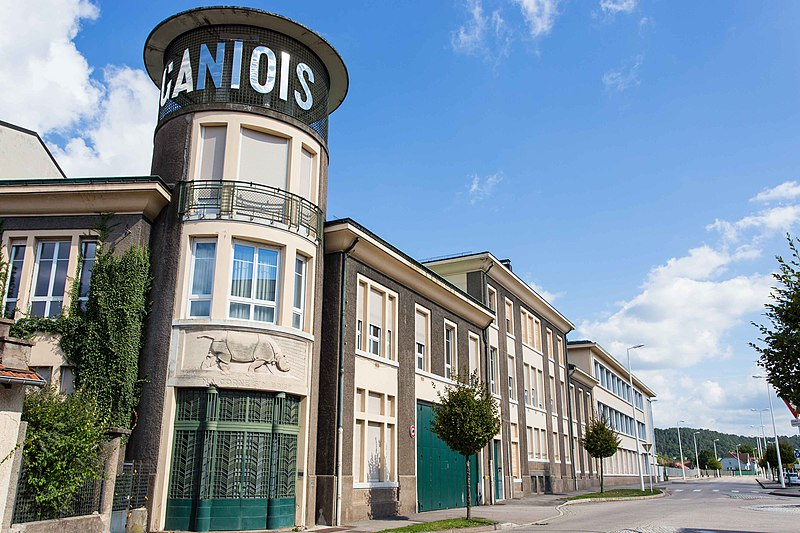 Photo du Monument Historique Siège social de l'Usine Gantois situé à Saint-Dié