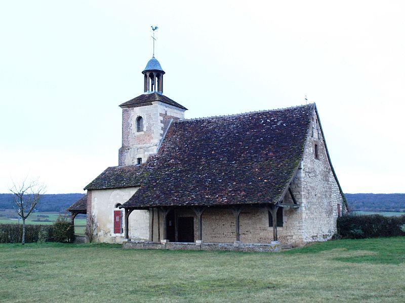 Photo du Monument Historique Chapelle-ermitage Sainte-Anne situé à Aillant-sur-Tholon