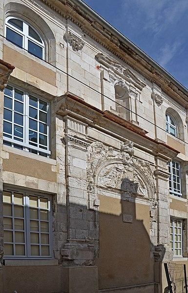 Photo du Monument Historique Couvent des Ursulines situé à Auxerre