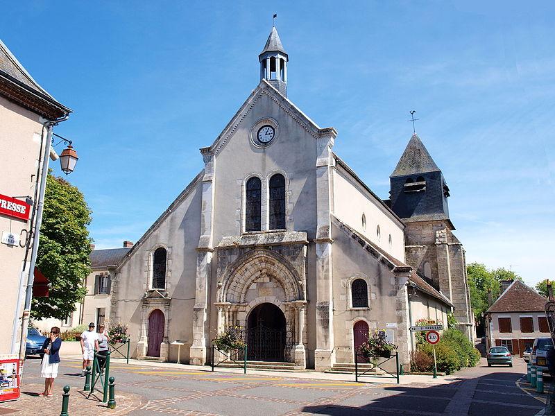 Photo du Monument Historique Eglise situé à Bléneau