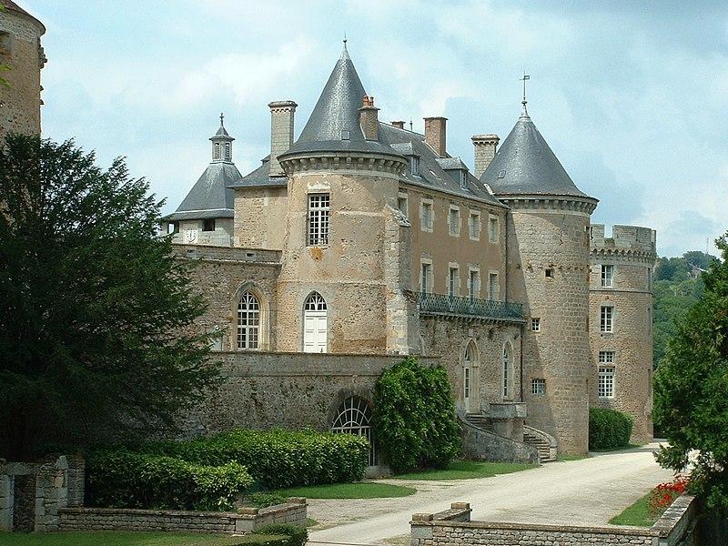 Photo du Monument Historique Château de Chastellux situé à Chastellux-sur-Cure