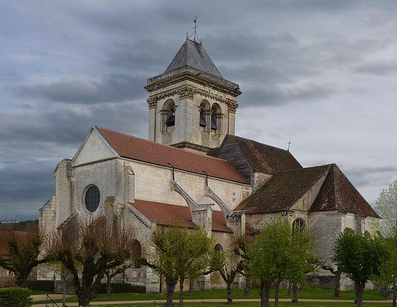 Photo du Monument Historique Eglise Saint-Pierre Saint-Paul situé à Cravant