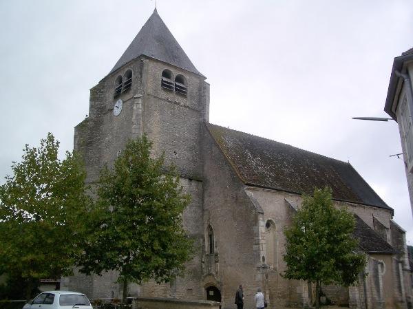 Photo du Monument Historique Eglise situé à Fleys