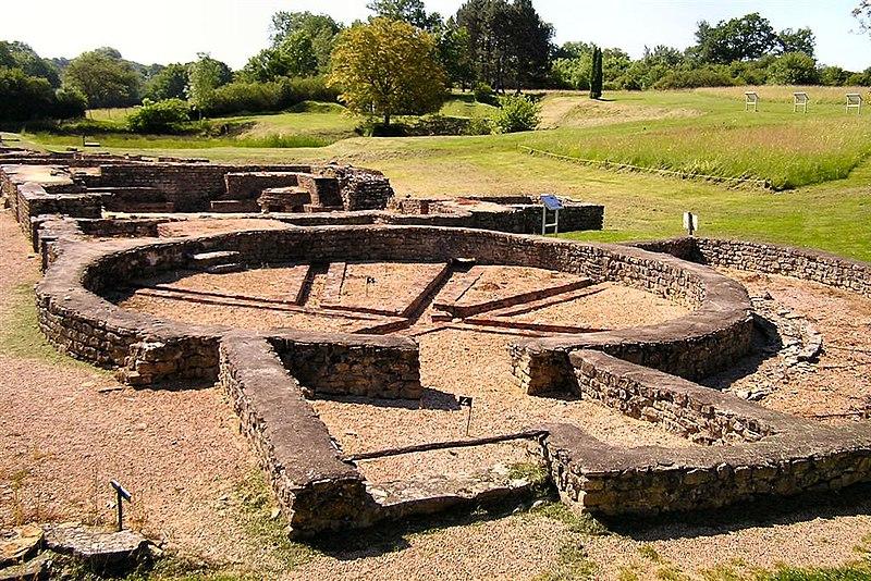 Photo du Monument Historique Ruines gallo-romaines des Fontaines Salées (également sur commune de Saint-Père) situé à Foissy-lès-Vézelay