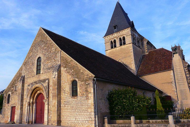 Photo du Monument Historique Eglise situé à Ligny-le-Châtel
