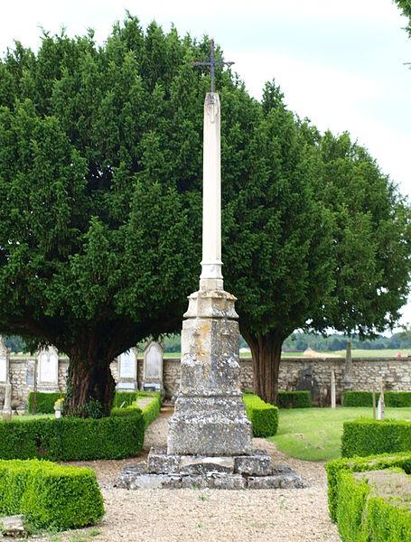 Photo du Monument Historique Cimetière situé à Neuilly