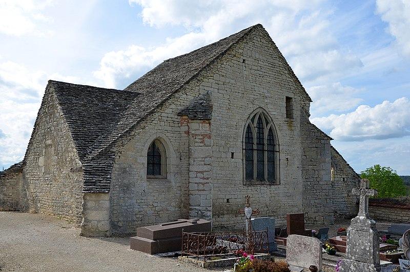 Photo du Monument Historique Cimetière situé à Pacy-sur-Armançon