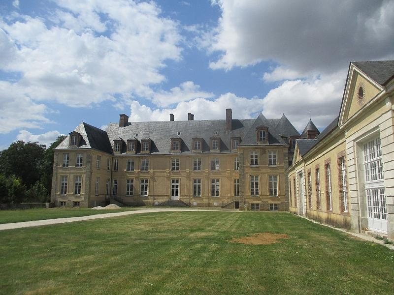 Photo du Monument Historique Château de Passy-Véron situé à Passy