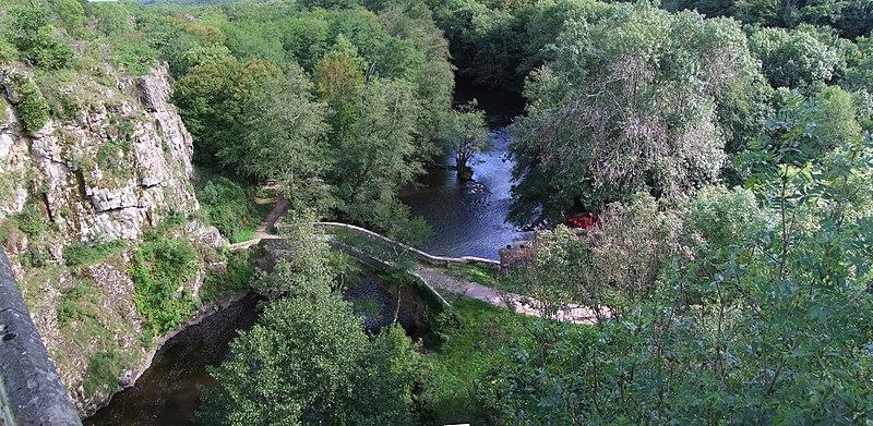 Photo du Monument Historique Pont sur la Cure (vieux) situé à Pierre-Perthuis