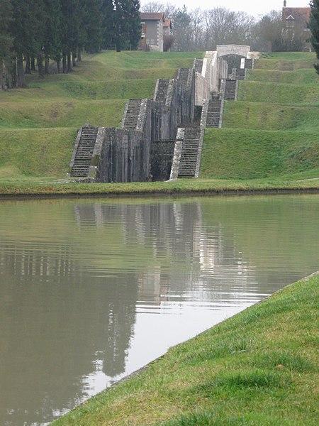 Photo du Monument Historique Ecluses  , dites Les Sept-Ecluses situé à Rogny-les-Sept-Ecluses