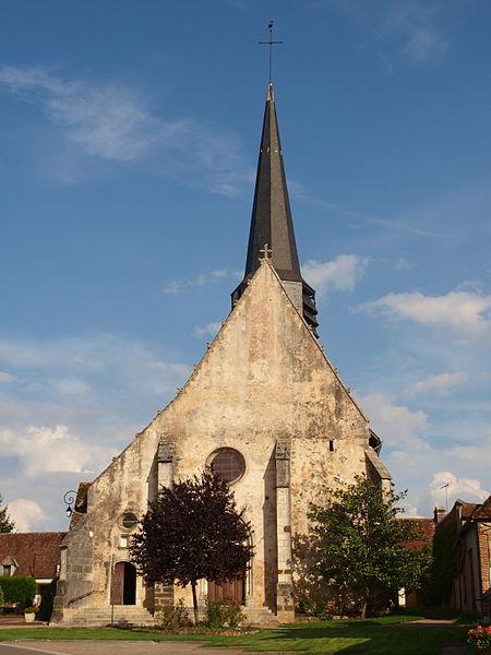 Photo du Monument Historique Eglise de Saint-Martin-des-Champs situé à Saint-Fargeau