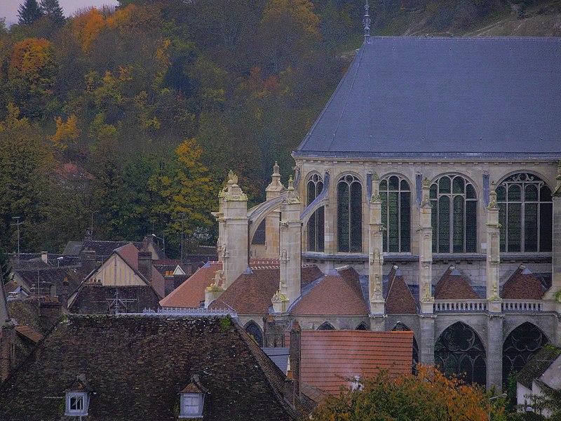 Photo du Monument Historique Eglise Saint-Pierre situé à Saint-Julien-du-Sault
