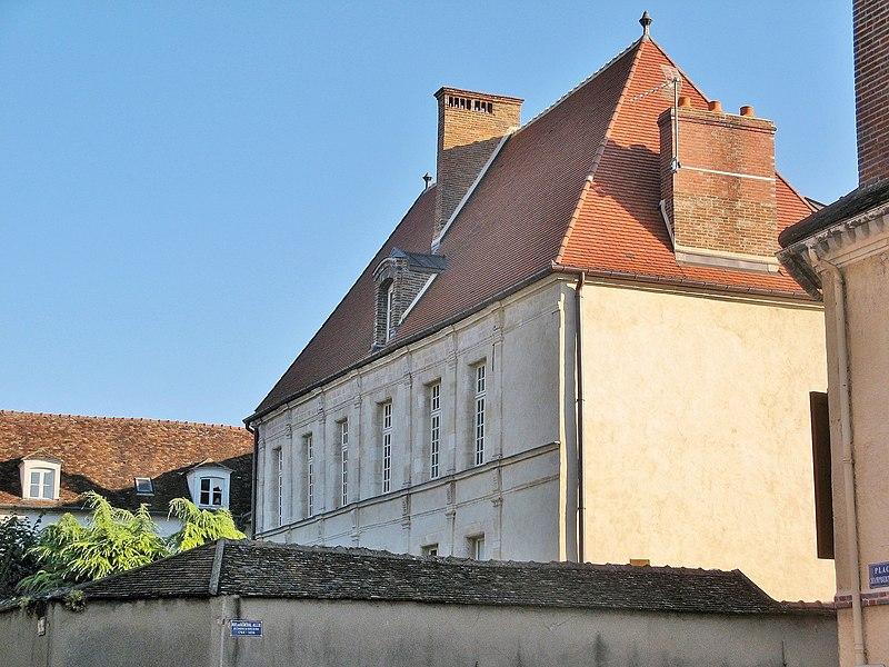 Photo du Monument Historique Hôtel de Vaudricourt situé à Sens