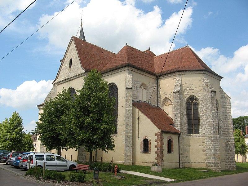 Photo du Monument Historique Eglise Saint-Cyr et Sainte-Julitte situé à Les Sièges
