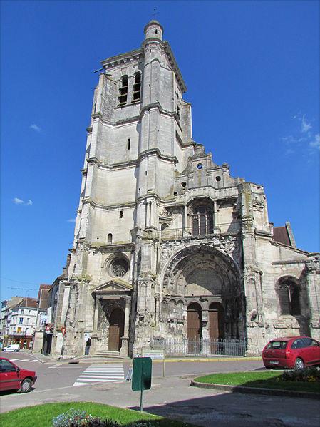 Photo du Monument Historique Eglise Notre-Dame situé à Tonnerre