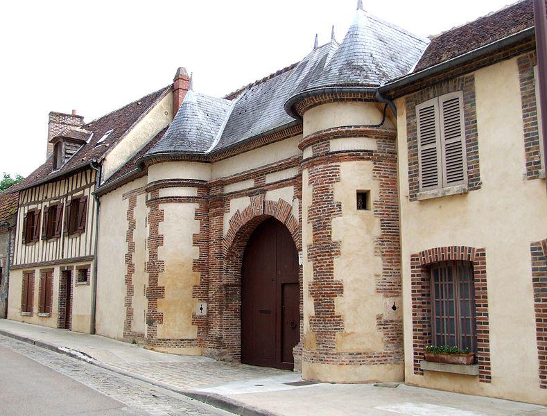 Photo du Monument Historique Maison Puynesge situé à Joigny