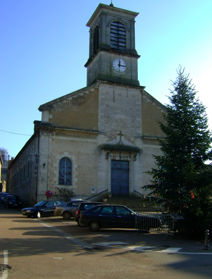 Photo du Monument Historique Eglise Saint-Martin situé à L'Isle-sur-Serein