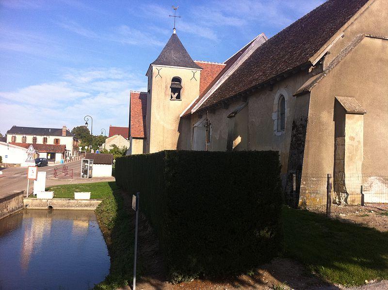 Photo du Monument Historique Eglise Sainte-Geneviève situé à Lindry