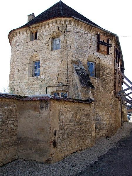 Photo du Monument Historique Ancien prieuré Saint-Côme situé à Chablis