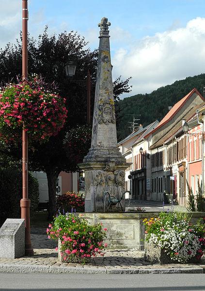 Photo du Monument Historique Monument commémoratif de la réunion de l'Alsace à la France en 1648 situé à Giromagny