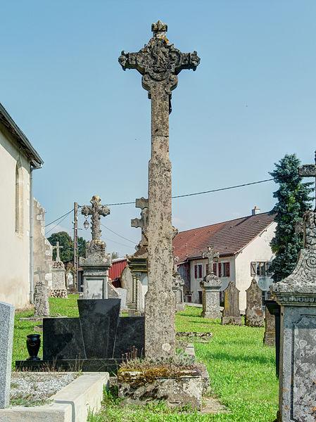 Photo du Monument Historique Croix du cimetière situé à Grosne