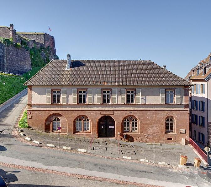 Photo du Monument Historique Ancienne halle, actuelle école Jules Heidet situé à Belfort