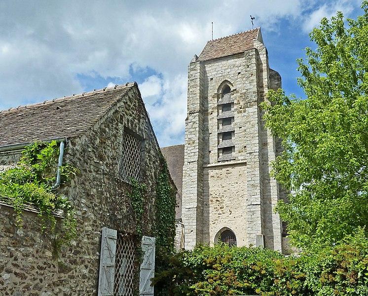 Photo du Monument Historique Eglise Sainte-Marie situé à Avrainville