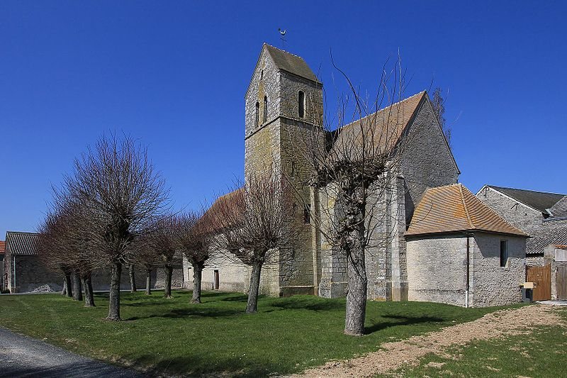 Photo du Monument Historique Eglise situé à Blandy