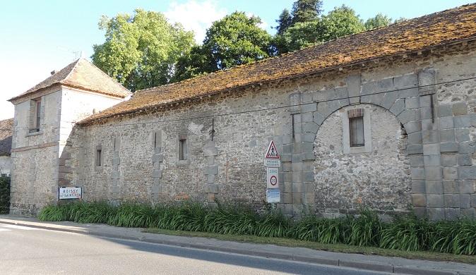 Photo du Monument Historique Domaine des Tourelles situé à Boissy-sous-Saint-Yon