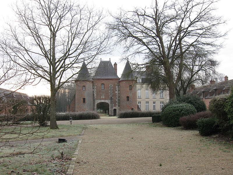 Photo du Monument Historique Château de Bellesbat situé à Courdimanche-sur-Essonne