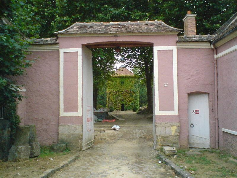 Photo du Monument Historique Ferme dite de la Seigneurie ou de Seignelay situé à Crosne