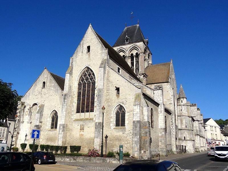 Photo du Monument Historique Eglise Saint-Basile situé à Etampes